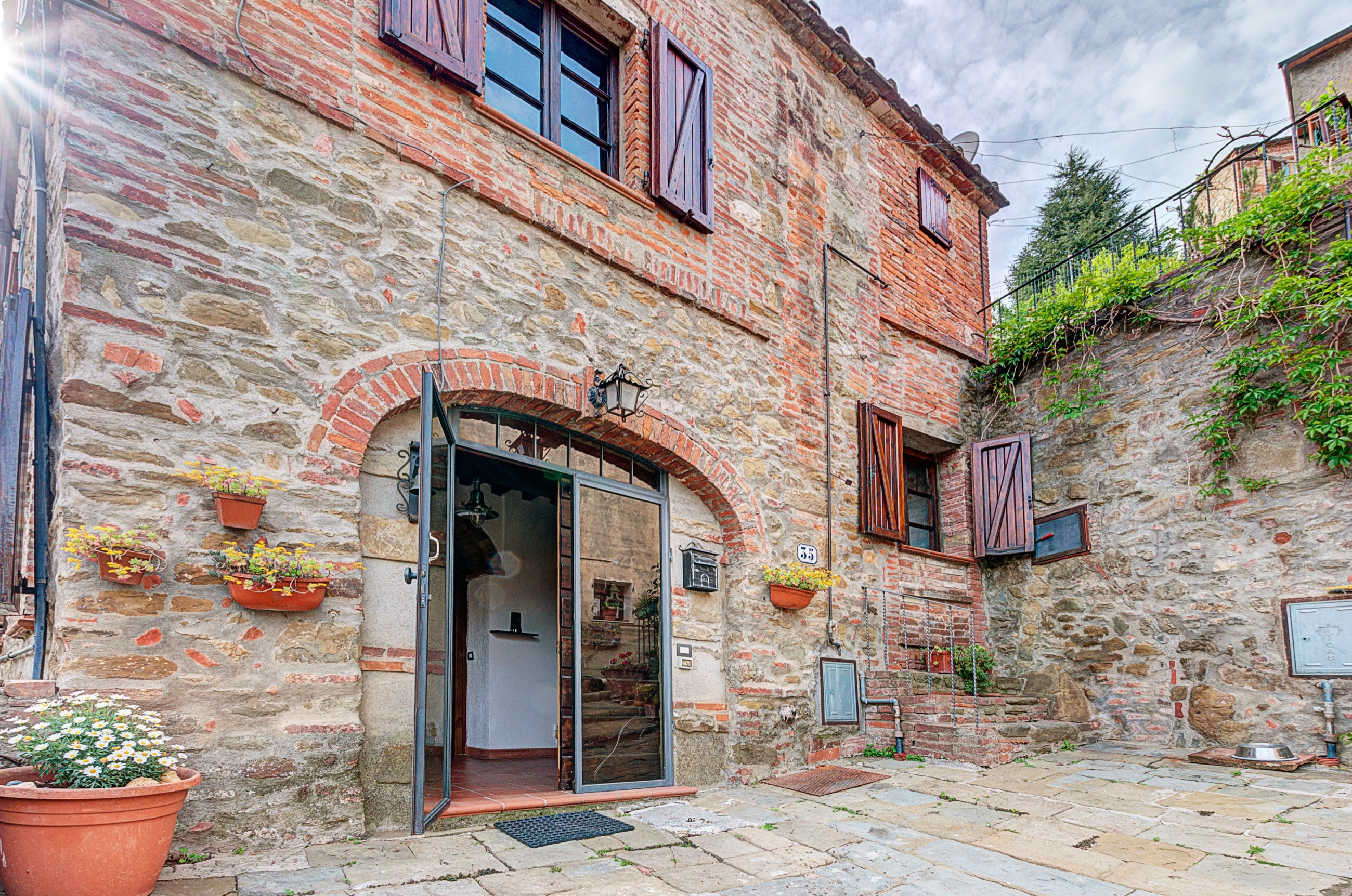 Hyr historiskt hus i Toscana